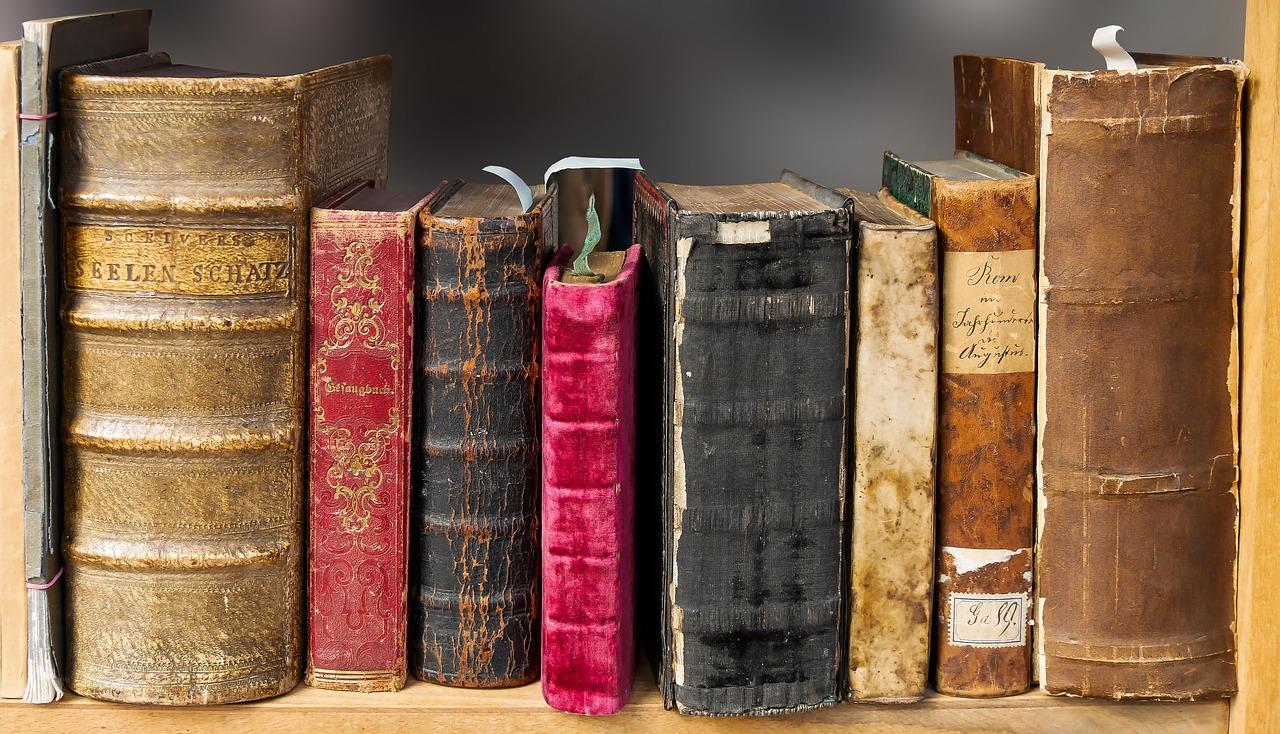 ミニマリストが教える本を100冊以上断捨離した方法・本を断捨離して身軽になろう